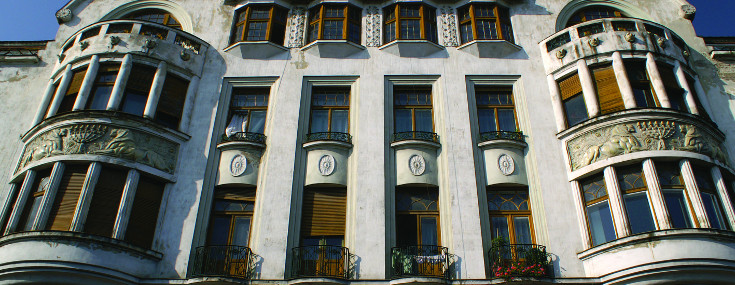 Façade of Ullmann Palace, built by Franz Löbl in 1912-1913 (© Cristian Rusu)